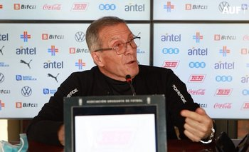 Óscar Tabárez habló de la situación que se dio con Cavani y de los partidos que se vienen por Eliminatorias