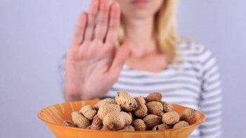 Las reacciones adversas a los alimentos pueden ocurrir por una variedad de razones,