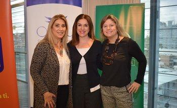 Elena Tejeira, Anabela Aldaz y Andrea Bellolio