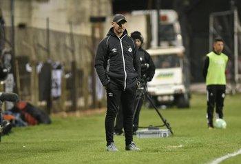 Eduardo Espinel, entrenador de Wanderers