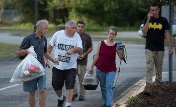 Los ciudadanos escapan del huracán Florence en distintos puntos del sureste de Estados Unidos