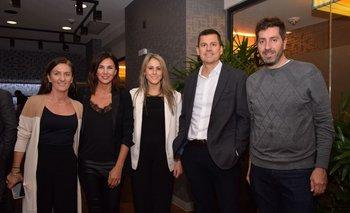 Mariana Torres, Gabriela Korovsky, Laura Kotsachis, Jordi Carrion y Pablo Benavides