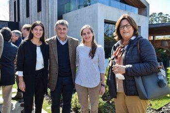 María Zambrano, Alberto Noria, Sofia y María Bordaberry