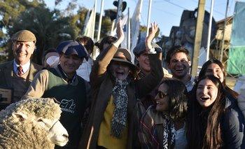 Cuando el jurado anunció al Gran Campeón, la familia estalló en festejos.