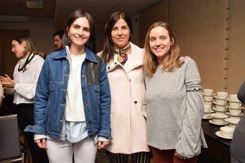 Natalia Hoyo, Patricia Barrios y Camila Larrosa