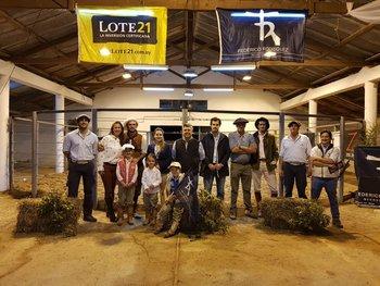 Rematadores y cabañeros en el remate Potros de Estancia Chimango de 2018.