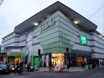 El grupo chileno dueño de Falabella puso a la venta su operación en Argentina
