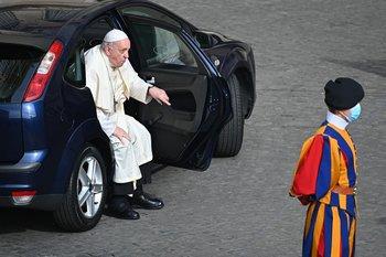 El papa Francisco será sometido a una operación este domingo