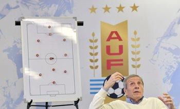 Óscar Washington Tabárez, entrenador de la selección mayor y coordinador de selecciones de la AUF