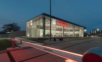 El nuevo local de Honda Uruguay en Carrasco