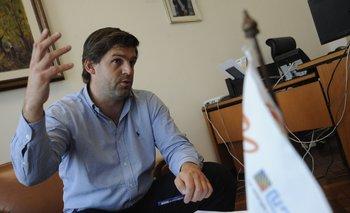 El director anunció un plan solar para llegar al 100% de electrificación del país.