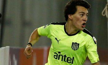 Facundo Pellistri le dejó casi US$ 10 millones limpios a Peñarol tras irse a Manchester United
