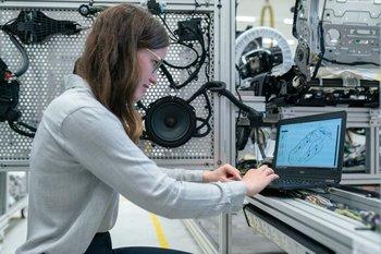Desde las 10:00 del jueves 5 de agosto, la Universidad ORT Uruguay llevará adelante una instancia virtual que contará con la participación de mujeres de destacada labor en los mundos de la ciencia y la tecnología.