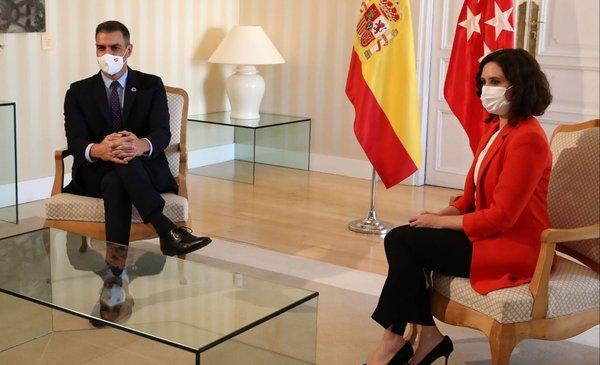 """Aconsejan a un millón de madrileños quedarse """"en casa el mayor tiempo posible"""""""