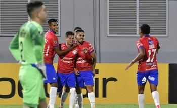 Dawson vencido, Rodríguez festeja
