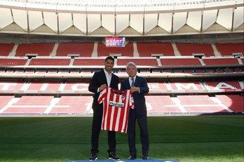 Se cumple un año de la llegada de Luis Suárez al Atlético de Madrid