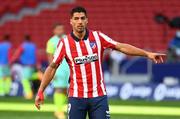 Suárez, debut explosivo