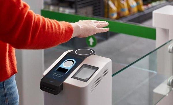 Amazon presenta sistema para pagar con la palma de la mano: ¿cómo funciona?