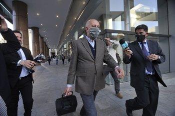 Miguel Ángel Toma a la salida de una de las audiencias a las que fue citado durante la investigación administrativa