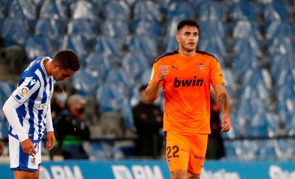 ¿Jugará Cavani? Maxi Gómez lleva tres goles en cuatro partidos en Valencia