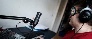 Estos son los únicos dispositivos que utiliza el joven holandés.