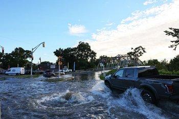 Inundaciones en Nueva York por el Huracan IDA provocaron 6 muertos