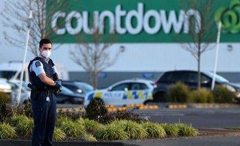 La policía mató al hombre dentro de los 60 segundos después de iniciado el ataque.