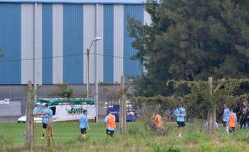 Uruguay entrenó a puertas cerradas