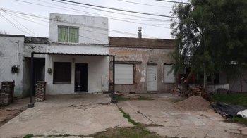 Dos casas en un solo padrón en Durazno.