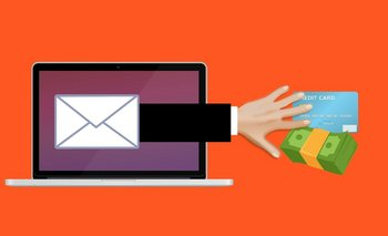 El ciberatacante envía un mail haciéndose pasar por una institución bancaria, pide datos personales y roba dinero.