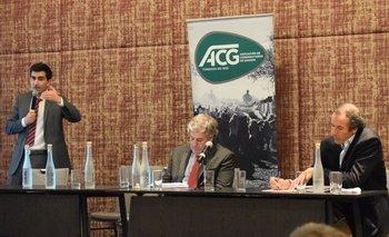 Álvaro Pereira, Conrado Ferber y Diego Arrospide en la reunión de la ACG.