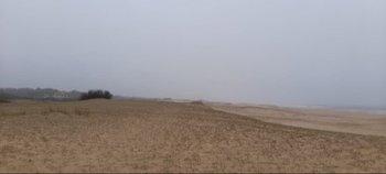 El terreno se encuentra a metros del mar.