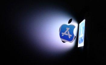 Apple es cuestionado por cómo se maneja en la industria de smartphones.