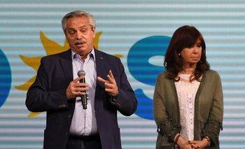 El presidente Alberto Fernández reconoció la derrota en las PASO 2021, con Cristina Fernández de Kirchner a su lado