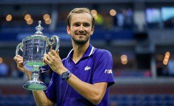 Medvedev con la copa del US Open