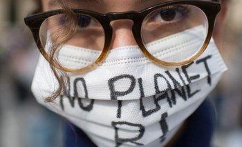 """""""No hay planeta B"""". Tres cuartas partes de los jóvenes consultados de entre 16 y 25 años piensan que el futuro es aterrador"""