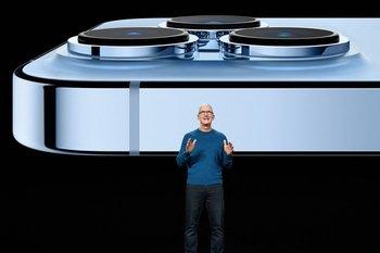 Tim Cook, CEO de Apple, durante el lanzamiento.
