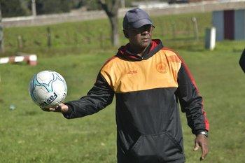 Próspero Silva y la pelota