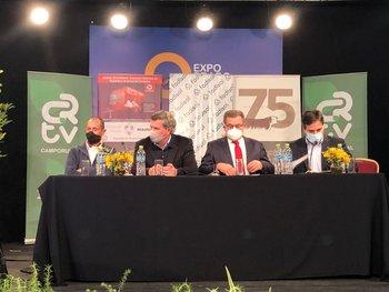 Matonte, Bordaberry, Stipanicic y Lema, durante la conferencia en la Expo Prado.