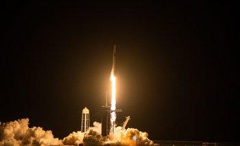 Así fue el despegue del cohete de SpaceX al espacio.