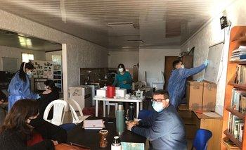 Salón de una cooperativa de mujeres rurales que cedió el lugar para poder vacunar