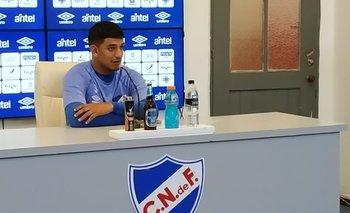 Conferencia de prensa de Diego Polenta en el Gran Parque Central