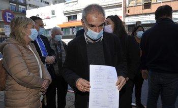 Eduardo Antonini (FA) presentando su denuncia ante Fiscalía