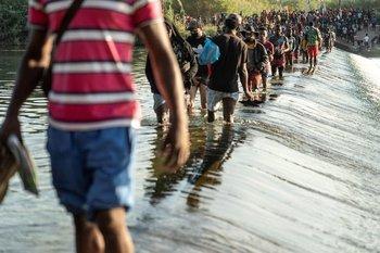El gobierno de EE.UU. está recibiendo estos días un número creciente de llegadas de migrantes a la frontera