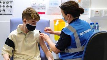Cada vez son más los países que están inoculando a los menores contra el coronavirus