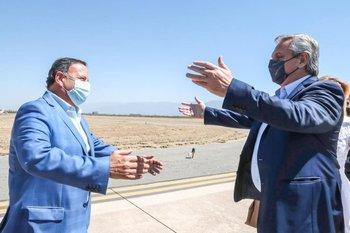 Alberto Fernández llega a La Rioja este sábado y es recibido por el gobernador local, Ricardo Quintela
