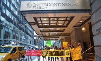 Bolsonaro fue recibido con una manifestación en su contra tras acudir a Nueva York sin vacuna