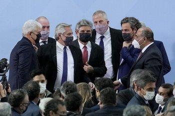 Fernández tomó juramento a sus nuevos ministros