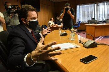 Cardoso compareció este martes ante la comisión que investiga su gestión en Turismo; se retiró sin hacer declaraciones ante la prensa