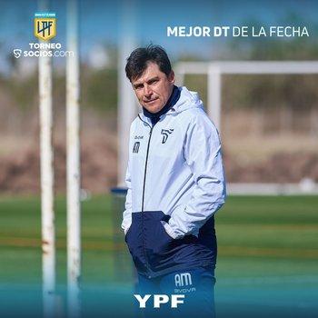 El Cacique Alexander Medina volvió a ser votado DT de la fecha en Argentina